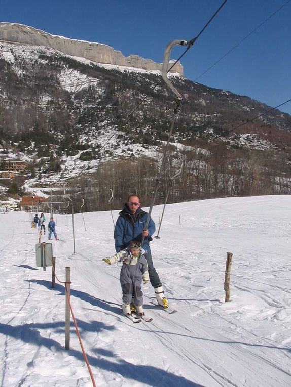 ski, raquettes, luge au village