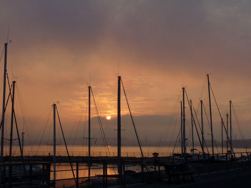 Lever du soleil sur Port de Bouc le 11juillet 2016