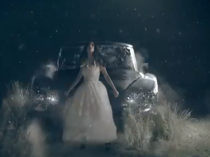 "US Citroën DS 20 in the ""Unconditionally"" music video - Katy Perry"