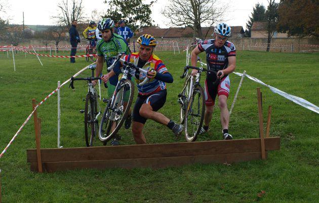 PHOTOS CYCLO CROSS : Villiers en plaine (1-12-13)