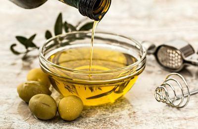 Athena, huile d'olive et manifestation