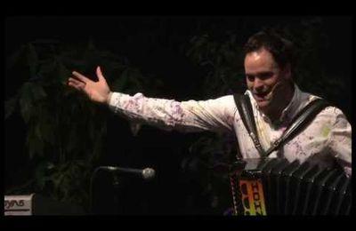 Vidéo du succès de la danse : La marche Portugaise !