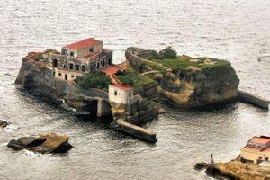 Gaiola, una isla maldita en Italia
