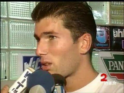 Foot 98 : Episode 8 : La première interview aprés match de Zinedine Zidane (vidéo)