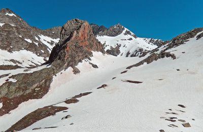La Masse (2952m) et le Col de la Masse (2922m)
