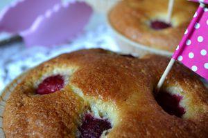 Petits gâteaux moelleux framboise, bergamote et Ratafia de Champagne