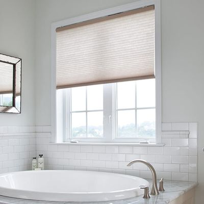 Bathroom  Window Blinds: What are the Possibilities You Can Find