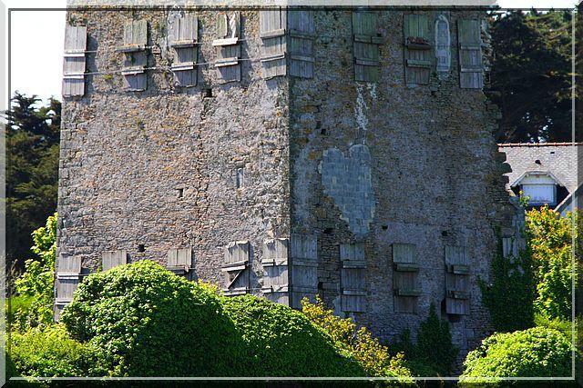 Diaporama château de TREMAZAN à Landunvez