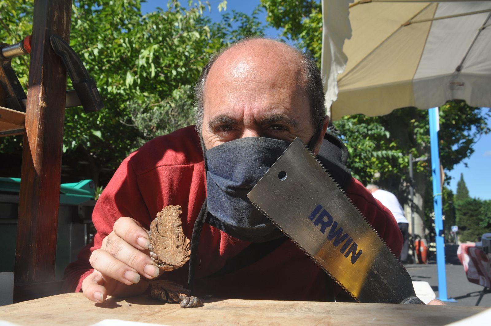 Le parimoine unique de la pomme de pin avec Christian Séguié. Comme dit, du jamais vue !