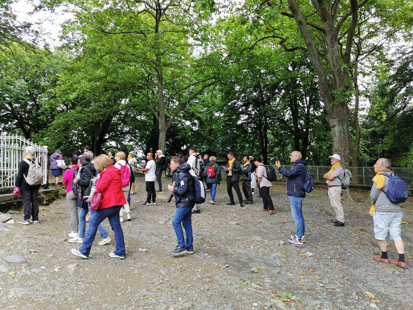 Revivez le chemin de croix de cet après-midi avec les Martégaux à Lourdes.
