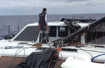 Moment de redressement - les précautions à prendre à bord d'un catamaran