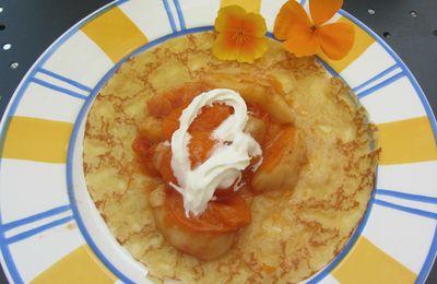 Crêpes à la compotée d'abricots et de nectarines