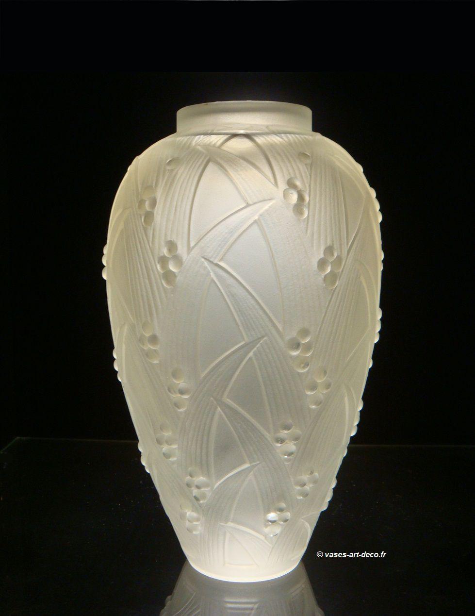 """Vase modèle """"Baies de Muguet"""""""