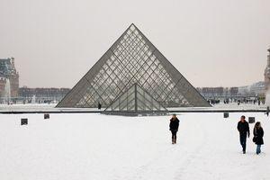 Beauté absolue: la neige à Paris