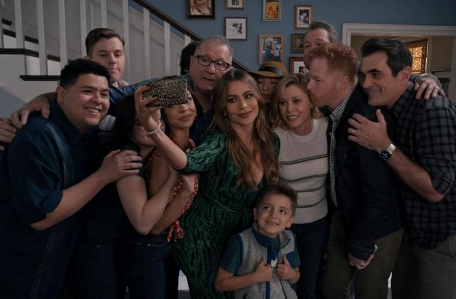 Modern Family (Saison 11, épisodes 17 et 18) : Fini la comédie