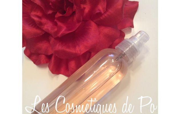 Spray capillaire hydratant à la rose