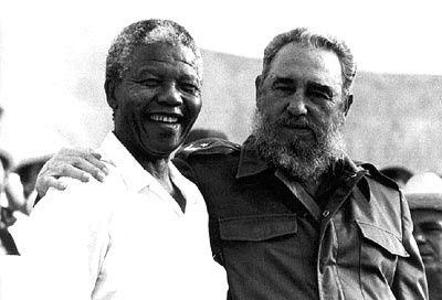 Message de Fidel à son 'vieil ami' Nelson Mandela pour ses 92 ans: « Exerce ton immense force morale pour maintenir l'Afrique du sud loin des Etats-Unis et de l'OTAN »
