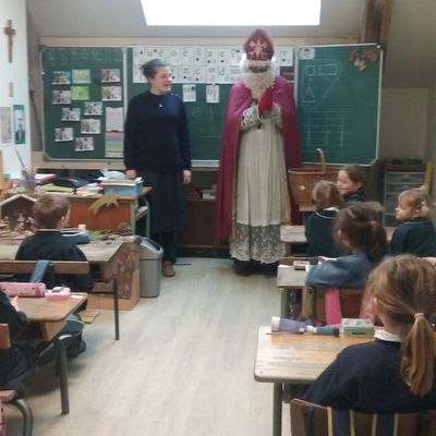 Saint Nicolas est venu récompenser les bons élèves