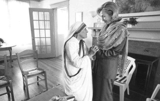 Inde : Accusés de trafic d'enfants, les centres de mère Teresa vont être contrôlés