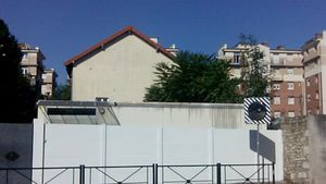 Le mur de la synagogue de Joinville débarassé des graffitis