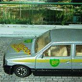 OPEL CORSA AVEC LOGO BP VAUXHALL NOVA CORGI - car-collector.net