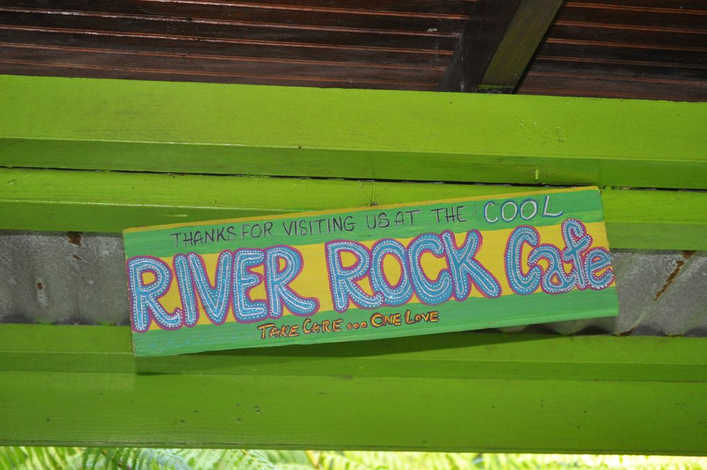 River Rock Café - Sulfur Spring