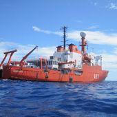 Des microbes terrestres repérés au-dessus des océans - Sciencesetavenir.fr