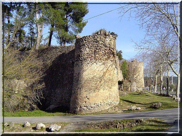 Diaporama des fortifications de SILLANS LA CASCADE