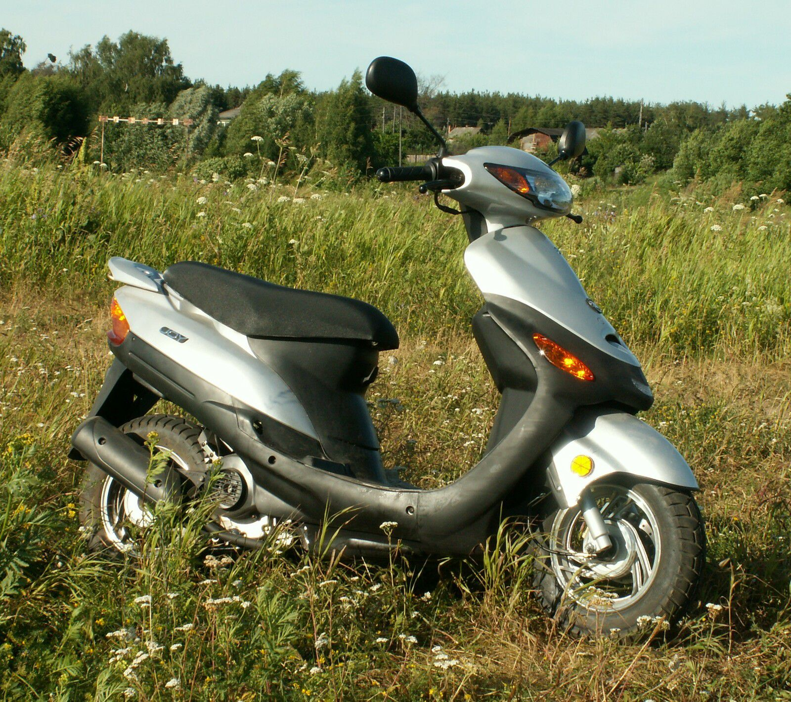 Un conducteur de scooter dans un état grave après avoir pris l'A1 à contresens à Saint-Denis
