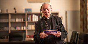 Mgr A-J. Leonard : Ah non, elle restera ouverte! (ndlr: l'église Sainte-Catherine)