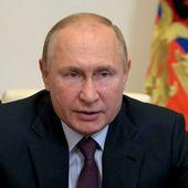 Flambée de Covid en Russie: Poutine demande aux nouveaux députés d'alerter la population