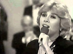 monna Bell, une chanteuse chilienne qui triomphera en Espagne, au Mexique et dans les pays d'Amérique latine