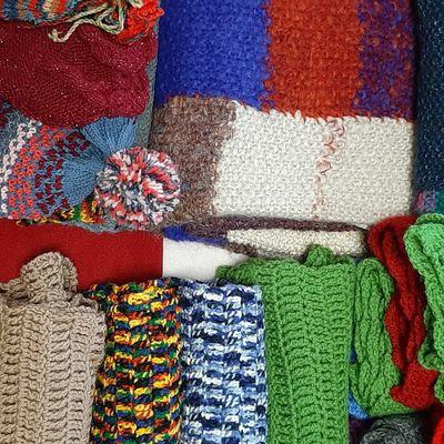Les tricoteuses de Montriond à Lausanne : yarn bombing au top !