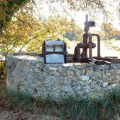 Une ancienne noria en pleine campagne / Balade dans le village de Lambesc - Dans la Bulle de Manou