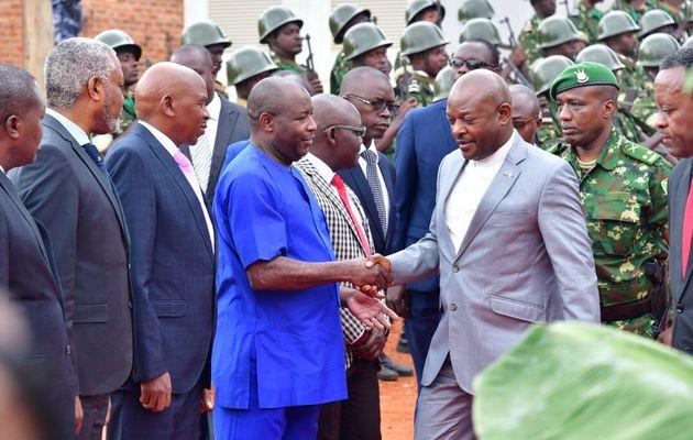 Le Président de la République a animé une séance de moralisation de la société à l'intention des leaders des partis politiques