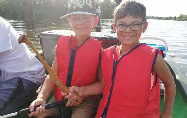 A la découverte du silure pour Lucas et Nathan.