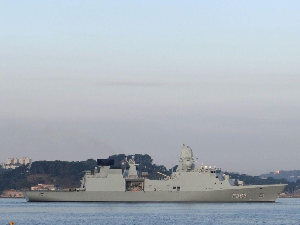 NIELS JUEL , F363 , frégate antiaérienne de la marine royale danoise arrivant à Toulon le 26 septembre 2017