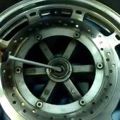 Goldwing Unsersbande - changement roulement roue avant 1/7