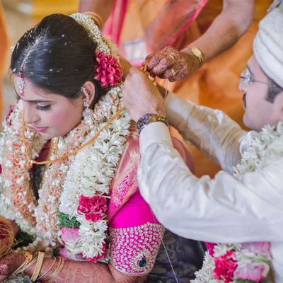 The best way to make moments precious having services of Candid wedding photographer in Bhubaneswar