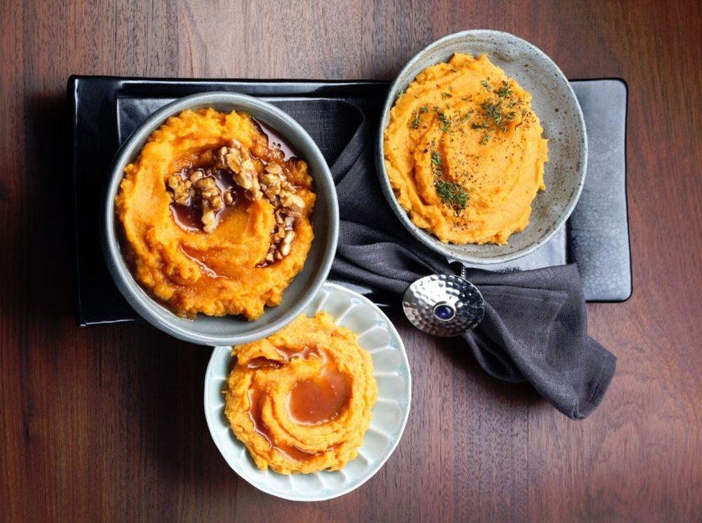 Pira ou  patates douces  pilées mélangées à l'huile - Sidoine Feugui