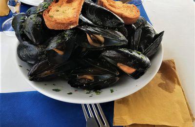 Ricetta cozze in bianco alla marinara