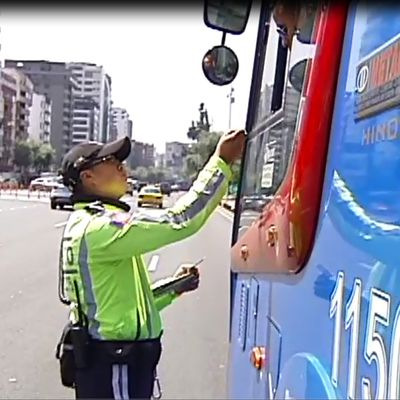 ¿CONDUCTORES O ASESINOS?