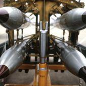 Les responsables américains envisagent des frappes nucléaires contre la Russie