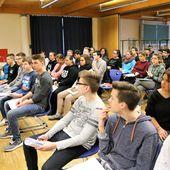 Medienprofi Jörg Kabierske warnte Veitshöchheimer Mittelschüler drastisch vor den Gefahren von Cloudcomputing und Cybermobbing - Veitshöchheim News