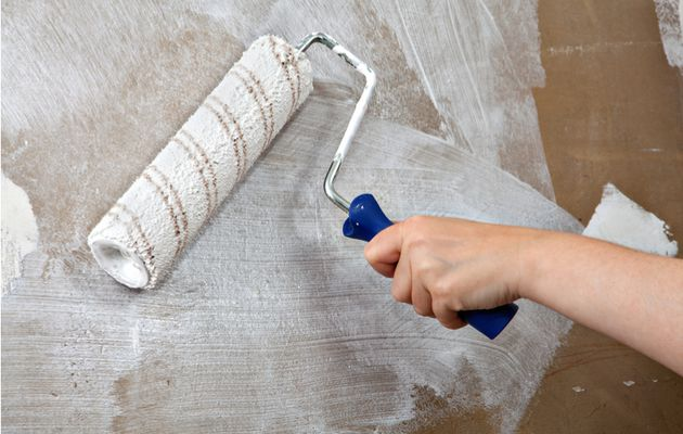How to Prepare Plaster Walls for a New Paint Job