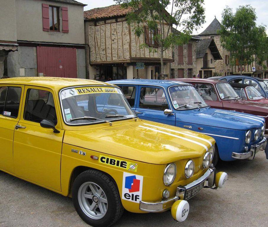 Des vieilles voitures...