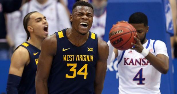 NCAA Oscar Tshiebwe devrait revenir à West Virginia