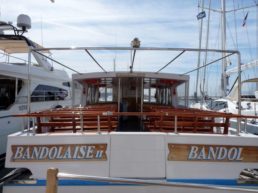 BANDOLAISE  II pour la visite des iles des  Embiers et Bendor