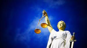 Contestations des orientations, jurisprudences et décisions