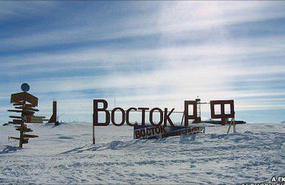 Antarctique - Russie : Course contre la montre pour atteindre le lac Vostok .
